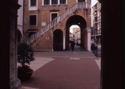 Via Palazzo dalla sede municipale; 2002