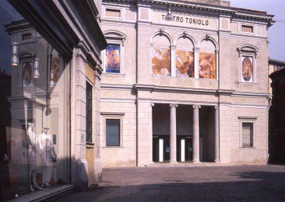 Teatro Toniolo; 2004