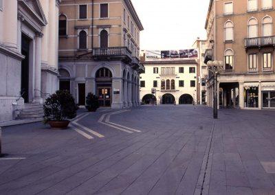 Piazza Ferretto verso via Poerio; 2007