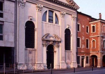 Via Poerio, ex chiesa di S. Maria delle Grazie; 2007