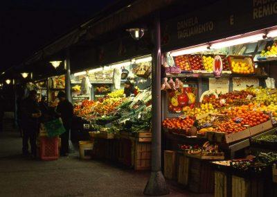 Mercato di via Fapanni; 2004