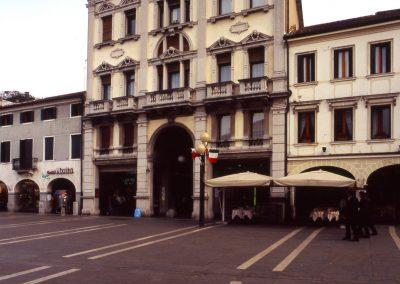Piazza Ferretto, palazzo Vivit; 2005