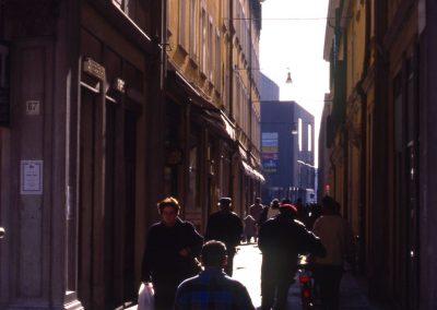 Via Allegri verso piazzetta Coin e via Poerio; 2002