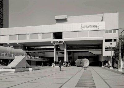 Piazzale e Centro Candiani; 2004
