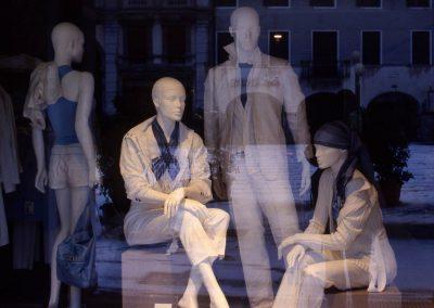 Vetrina presso piazza Ferretto; 2007