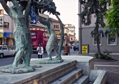 Via Piave, fontana; 2002