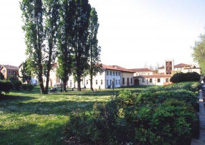 Via Cappuccina, area verde; 2002