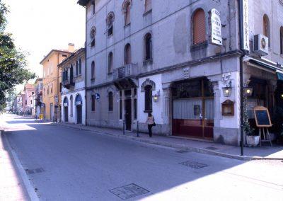 Via Cavallotti (trasversale di via Cappuccina); 2002