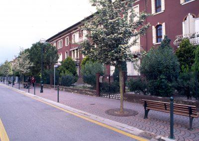 Via Dante; 2002