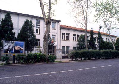 Via Cappuccina, scuola media; 2002