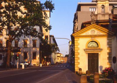 Via Carducci (trasversale di via Cappuccina); 2002