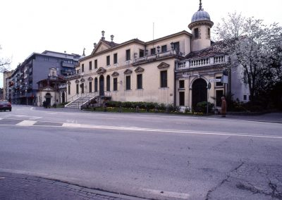 Via Carducci, villa Erizzo; 2004
