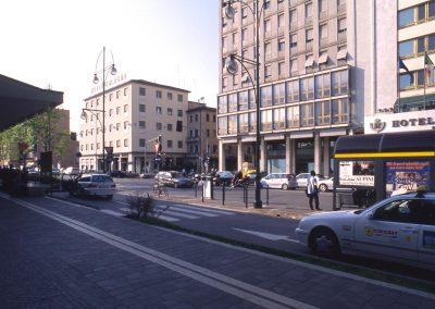 Piazzale Favretti da viale della Stazione; 2002
