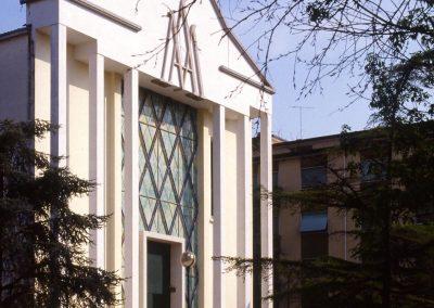 Chiesa della Madonna Pellegrina (presso Corso del Popolo); 2004